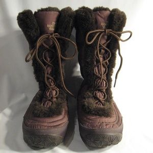 THE NORTH FACE LACE UP BROWN BOOTS - SIZE 6.5